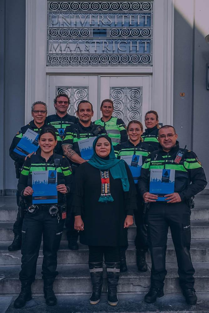 Politie Maastricht legt Arabische cursus af